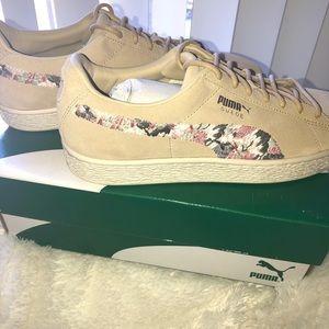 SALE!! Puma Suede Sunfade Sneakers
